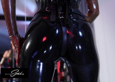 Mistress-Susi_Free-Fetish-Pictures-144