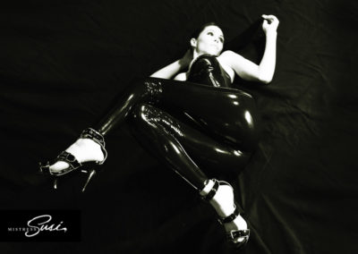 Mistress-Susi_Free-Fetish-Pictures-276